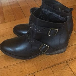 ShoeMint black ankle boots with studs SZ 7